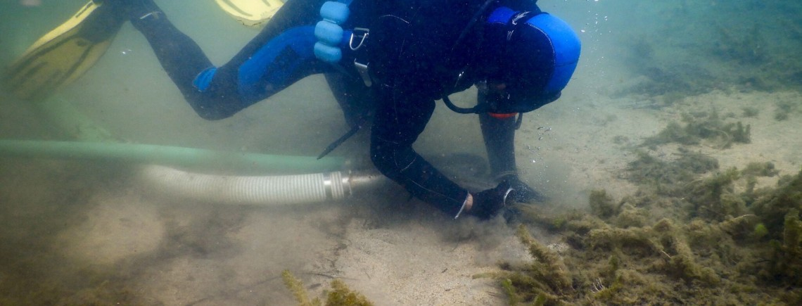 MTS Diver assist suction removal